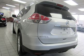 2016 Nissan Rogue SV Chicago, Illinois 4