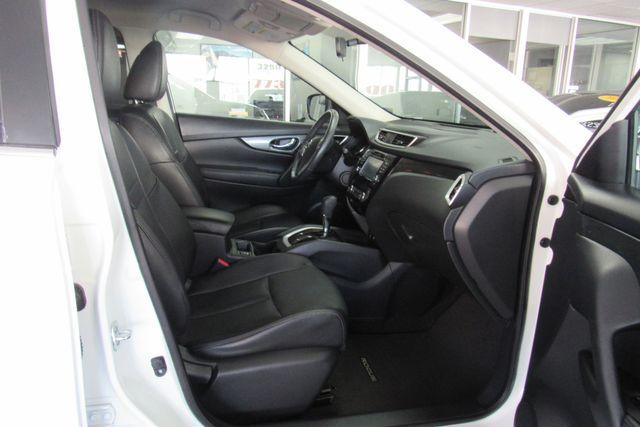 2016 Nissan Rogue SL Chicago, Illinois 11