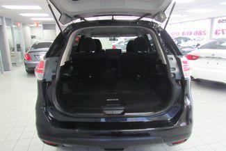 2016 Nissan Rogue SV Chicago, Illinois 8