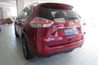 2016 Nissan Rogue SL Chicago, Illinois 4
