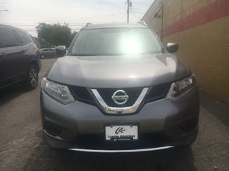 2016 Nissan Rogue SV in Cleveland, OH 44134