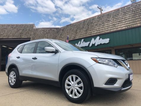 2016 Nissan Rogue S in Dickinson, ND