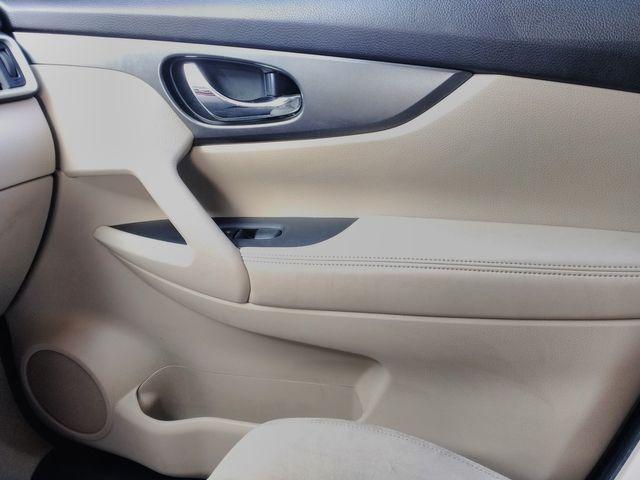 2016 Nissan Rogue SV Houston, Mississippi 22