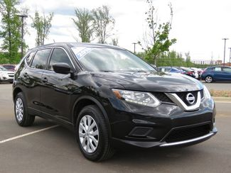 2016 Nissan Rogue S in Kernersville, NC 27284