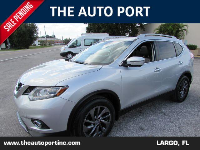 2016 Nissan Rogue SL W/NAVI in Largo, Florida 33773