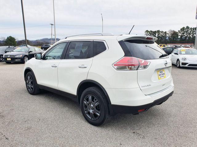 2016 Nissan Rogue S AWD in Louisville, TN 37777