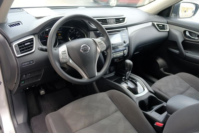 2016 Nissan Rogue SV in Memphis, Tennessee 38115