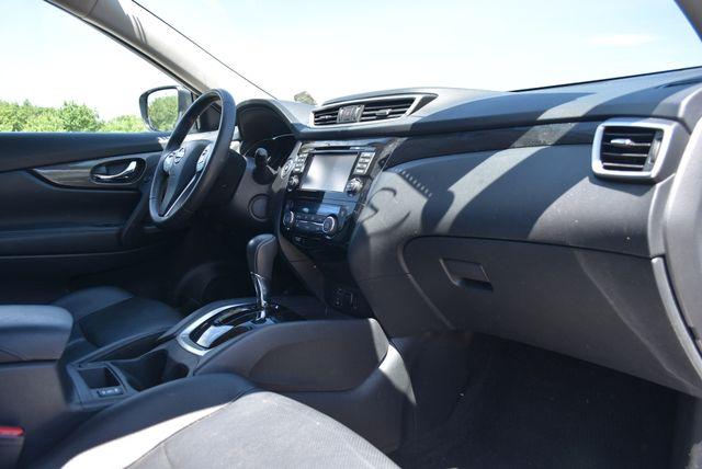 2016 Nissan Rogue SL Naugatuck, Connecticut 1