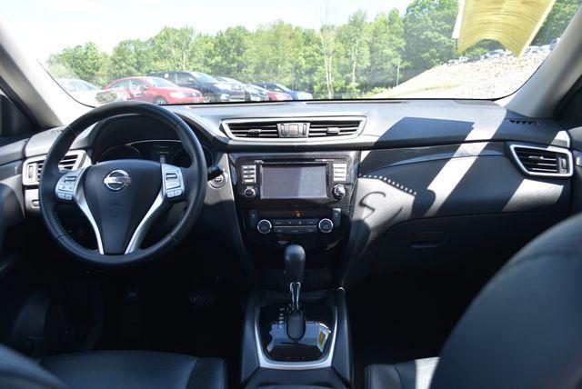 2016 Nissan Rogue SL Naugatuck, Connecticut 10