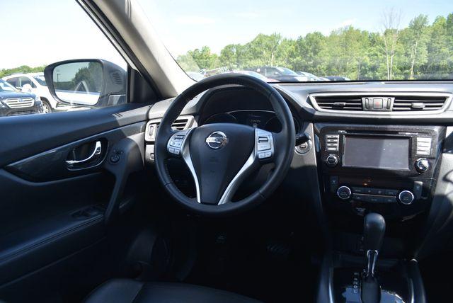 2016 Nissan Rogue SL Naugatuck, Connecticut 9