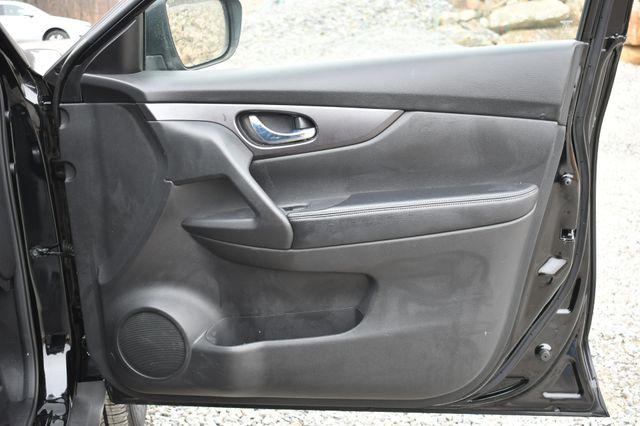 2016 Nissan Rogue S Naugatuck, Connecticut 10