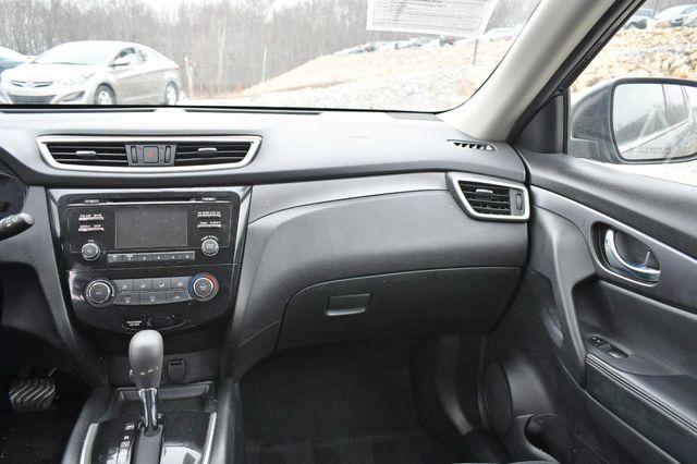 2016 Nissan Rogue S Naugatuck, Connecticut 18