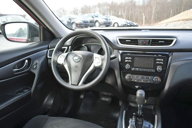 2016 Nissan Rogue S Naugatuck, Connecticut 16