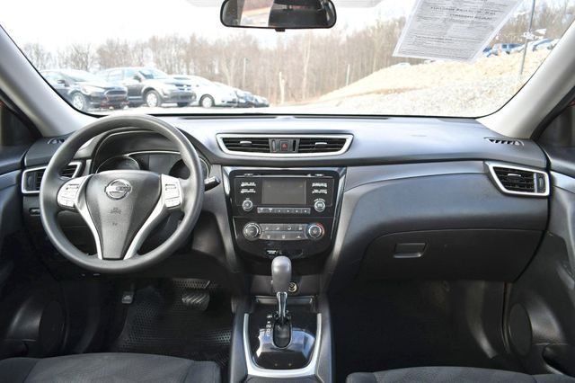 2016 Nissan Rogue S Naugatuck, Connecticut 17