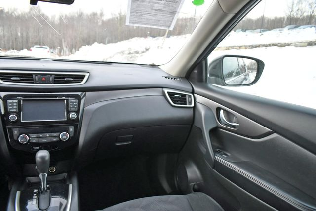 2016 Nissan Rogue SV Naugatuck, Connecticut 20