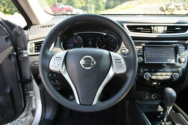 2016 Nissan Rogue SV AWD Naugatuck, Connecticut 23