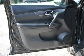 2016 Nissan Rogue S AWD Naugatuck, Connecticut 17