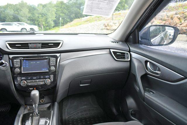 2016 Nissan Rogue SV AWD Naugatuck, Connecticut 17