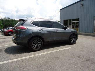 2016 Nissan Rogue SL PREM PKG. PANORAMIC. NAVIGATION SEFFNER, Florida 15