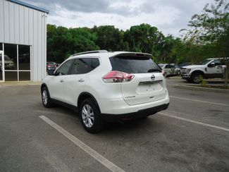 2016 Nissan Rogue SV LEATHER. FAMILY PKG SEFFNER, Florida 11