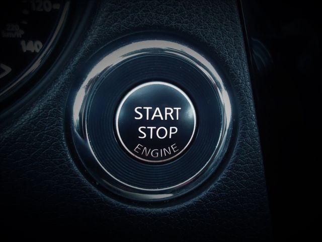 2016 Nissan Rogue AWD SL PREM PKG PANORAMIC. NAVIGATION SEFFNER, Florida 33