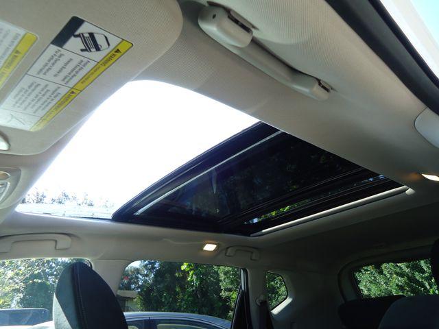 2016 Nissan Rogue SV AWD PREM PKG. PANORAMIC. NAVIGATION SEFFNER, Florida 4