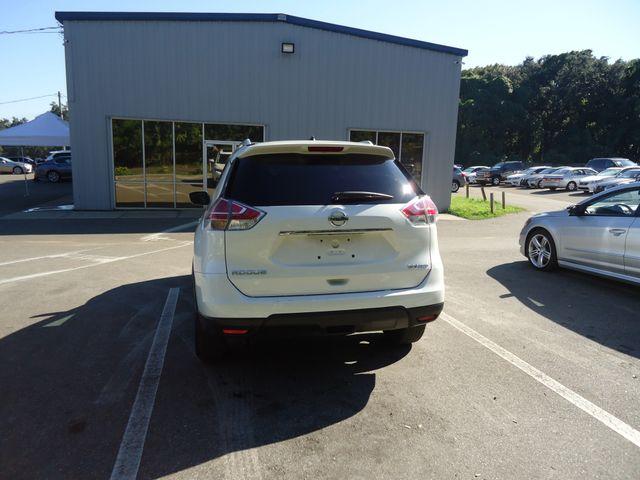 2016 Nissan Rogue SV AWD PREM PKG. PANORAMIC. NAVIGATION SEFFNER, Florida 14