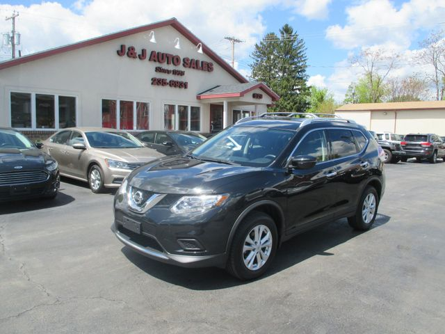 2016 Nissan Rogue SV in Troy, NY 12182