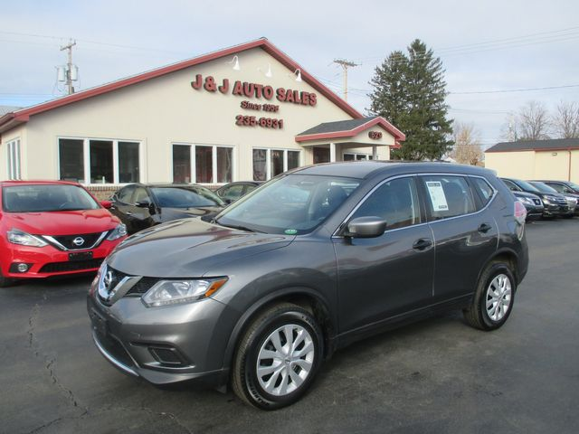 2016 Nissan Rogue S in Troy, NY 12182