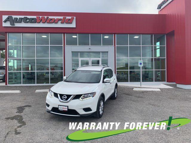 2016 Nissan Rogue SV in Uvalde, TX 78801