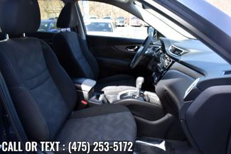2016 Nissan Rogue SV Waterbury, Connecticut 18