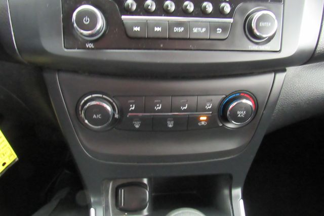 2016 Nissan Sentra S Chicago, Illinois 11