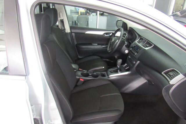 2016 Nissan Sentra S Chicago, Illinois 8
