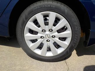 2016 Nissan Sentra S Fayetteville , Arkansas 6