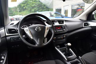 2016 Nissan Sentra S Waterbury, Connecticut 10