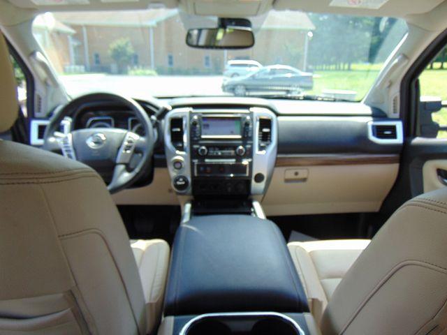 2016 Nissan Titan XD SL Leesburg, Virginia 33
