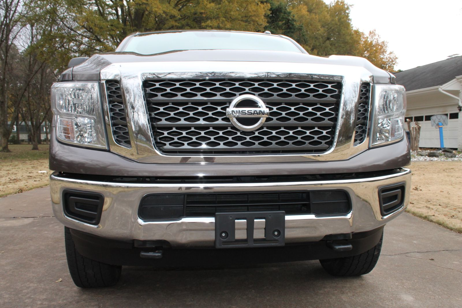 2016 nissan titan xd sv cummins diesel price used cars. Black Bedroom Furniture Sets. Home Design Ideas