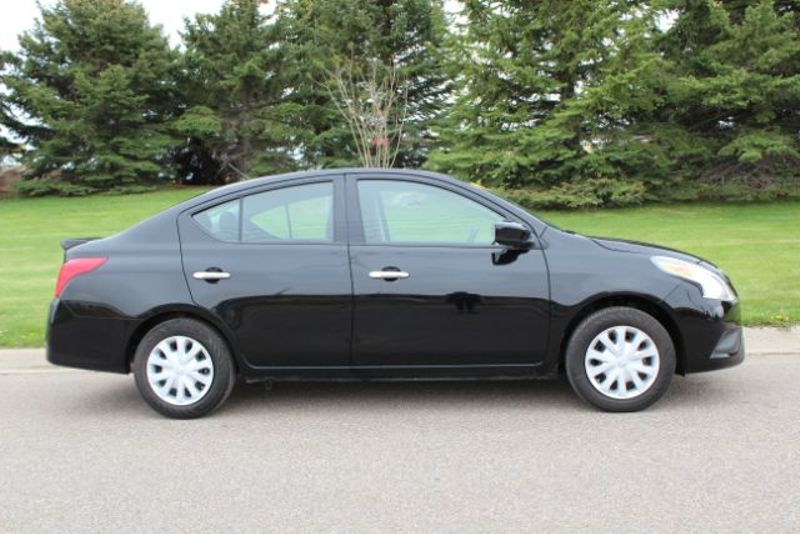 2016 Nissan Versa SV  city MT  Bleskin Motor Company   in Great Falls, MT
