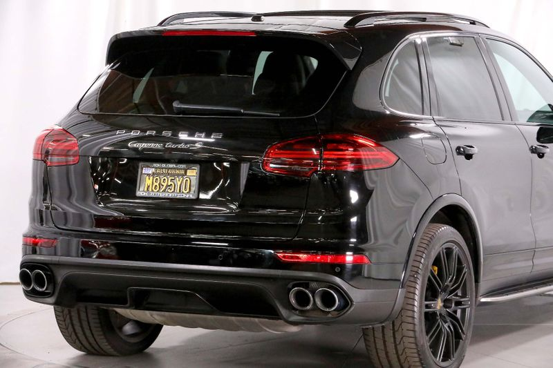 2016 Porsche Cayenne Turbo S - Sport Exhaust - Orignal MSRP of 170K  city California  MDK International  in Los Angeles, California