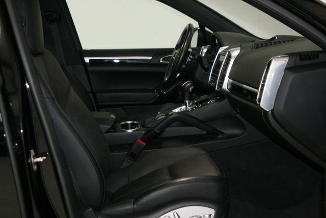 2016 Porsche Cayenne Premium Houston, Texas 12