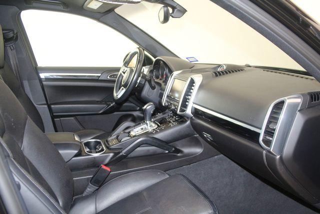 2016 Porsche Cayenne Premium Houston, Texas 23