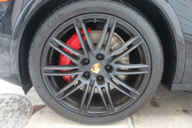 2016 Porsche Cayenne GTS Houston, Texas 15