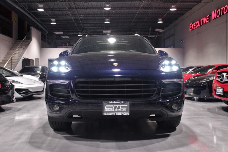 2016 Porsche Cayenne S  Lake Forest IL  Executive Motor Carz  in Lake Forest, IL