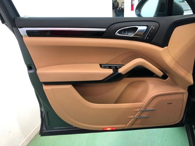 2016 Porsche Cayenne Longwood, FL 12