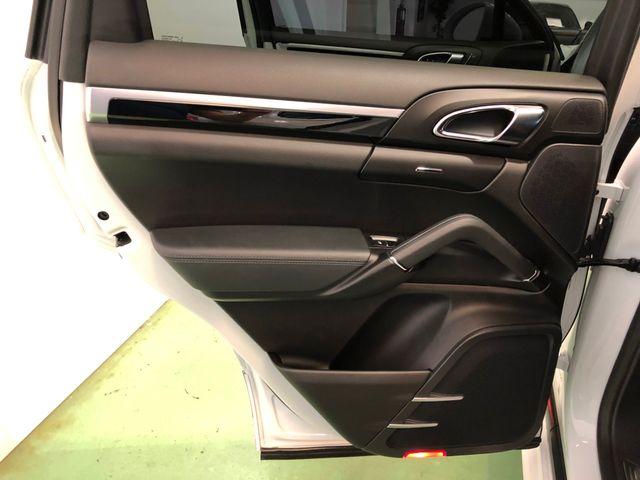2016 Porsche Cayenne Longwood, FL 16