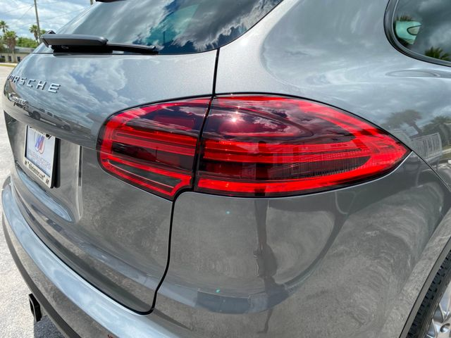 2016 Porsche Cayenne Longwood, FL 47