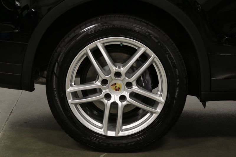 2016 Porsche Cayenne   city NC  The Group NC  in Mansfield, NC