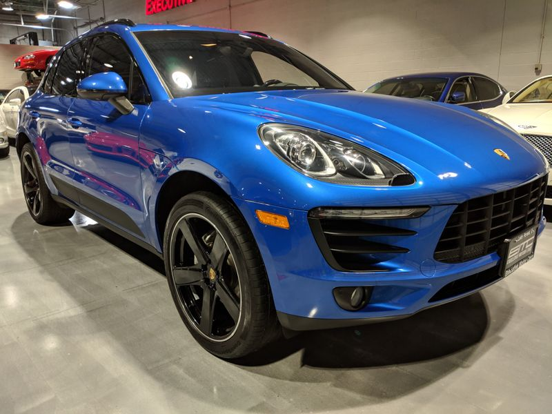 2016 Porsche Macan S  Lake Forest IL  Executive Motor Carz  in Lake Forest, IL