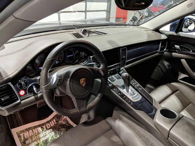 2016 Porsche Panamera 4 Edition  Lake Forest IL  Executive Motor Carz  in Lake Forest, IL