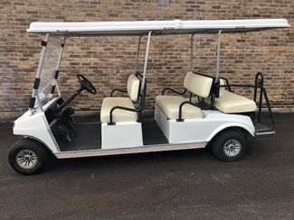2016 Precedent CLUB CART VILLAGER SIX SEATER in Devine, Texas 78016